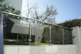 Het Traliewerk van het Glas van het Balkon van het roestvrij staal/de Balustrade van het Glas/van de Omheining Beclony met Amerikaanse Norm