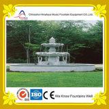 Fonte de água de mármore da forma da coluna no centro da associação