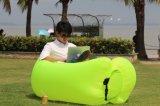圧縮のエアーバッグが付いている屋外の携帯用膨脹可能なLounger浜のソファー