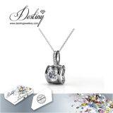 Het Kristal van de Juwelen van het lot van de de Eeuwige Tegenhanger & Halsband van de Liefde Swarovski