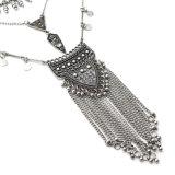 Collana lunga Pendant della nappa Chain geometrica rotonda del fiore della sfera dell'annata