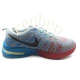 Pattini della scarpa da tennis degli uomini popolari caldi