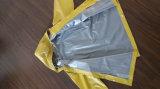 Impermeable encapuchado del PVC para el amarillo adulto