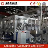 Machine de remplissage de bouteilles de l'eau carbonatée