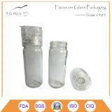 Ясный стеклянный опарник с точильщиком, станом для специи, соли, перца