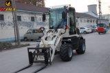 Caricatore astuto della rotella con il mini trattore per l'azienda agricola