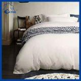 100%年の綿の明白で白い高級ホテルのシーツ(QHDB5543)