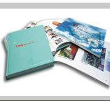 브로셔 플러스 또는 브로셔 잡지 또는 브로셔 카탈로그