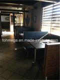 O sofá clássico da tabela do restaurante do BBQ ajustou-se (FOHCBCK29)