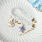 연애 편지를 가진 여름 바닷가 쉘 레이스 발목 장식