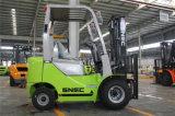 Carretilla elevadora diesel áspera de China 1.8t del motor del terreno 2WD Isuzu