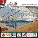 アセンブルされた競技場の玄関ひさしはフットボールのテニスフィールド裁判所のプールの多角形のテントを遊ばす