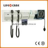 Système de diagnose médicale avec l'ophthalmoscope et l'otoscope