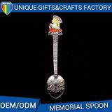 Cucchiai moderni del metallo del ricordo di modo per le collezioni