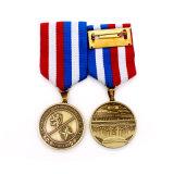 La policía de encargo del recuerdo de cobre amarillo antiguo honra la insignia
