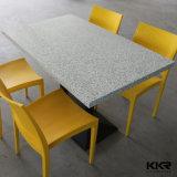 Seatersの4つの人工的な石造りのこんにちはMACの固体表面のダイニングテーブル170216