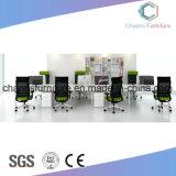 Büro-Möbel-Arbeitsplatz abreißen