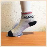 Mann-Frauen-Baumwollsocken/Sport-Socken/Baby-Socken