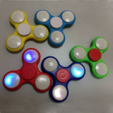 De hete Bovenkant van de Vingertop van het Product friemelt het Stuk speelgoed van de Spinner met Licht (H8185025)