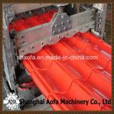 Um perfil de 828 metais vitrificou a telha que faz o rolo que dá forma à máquina