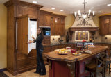 Gabinete de cozinha clássico da madeira contínua com da cozinha clássica da madeira contínua do estilo de Designeuropean da cremalheira do vinho o gabinete de cozinha modular da madeira contínua do tamanho