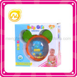 L'animal d'ours de bébé ferraille des jouets