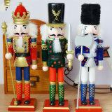 Estátua Lifelike do Nutcracker do soldado da resina para a decoração do Natal