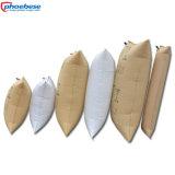 El balastro de madera de papel empaqueta la línea envase de Maersk que rellena el empaquetado del aire