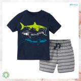 高品質の子供の衣服OEMの子供の男の子の衣服はセットした