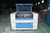 Acctek preiswerte Preis CNC-CO2 Laser-Stich-Ausschnitt-Maschine Akj6090