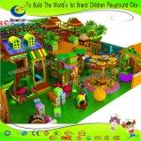 Спортивная площадка волшебных детей пущи опирающийся на определённую тему крытая с продовольственным магазином