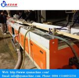 Máquina de cerco ao ar livre composta de madeira da extrusão de /Flooring do Decking do PE