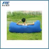 2017新製品の便利な10s膨脹可能なソファのベッド