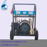 Líquido de limpeza de alta pressão com a máquina de sopro de alta pressão do injetor