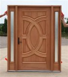 Porta de madeira contínua para a porta exterior do interior da casa