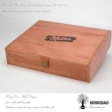 Rectángulo de regalo de madera del color natural de Hongdao con el _E grabado insignia modificado para requisitos particulares