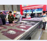 Impresión de las camisetas con la impresora de Mimaki
