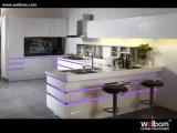 Armadio da cucina bianco superiore della lacca di ultimo disegno di Welbom