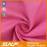 La tela/cotone che tinge il prodotto intessuto per la maglietta ansima la tessile dell'indumento