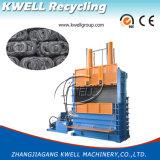 El desecho pone un neumático la prensa hidráulica vertical