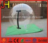 Bola que recorre del agua humana inflable del hámster de los juegos del agua del verano