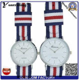 Yxl-484 316Lのスチール・ケースのサファイアガラスOEMの腕時計の卸売ナイロンNATOストラップの人の女性の偶然のカップルは手首を見る