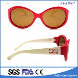 A lente polarizada do preço desenhador popular barato caçoa vidros bonitos de Eyewear