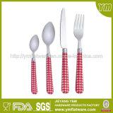 Bonne vaisselle plate d'acier inoxydable de modèle avec le traitement en plastique, jeux de la vaisselle 4PCS