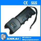 Preiswerte Polizei-Taschenlampe Taser mit LED-Licht betäuben Gewehren (301)
