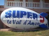 Piccolo dirigibile gonfiabile esterno dello Zeppelin dell'elio per la pubblicità