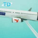 Модель модели B737-800 Csat собрания авиакомпаний пластичная плоская