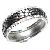 원석 (R9789)를 가진 까만 반지
