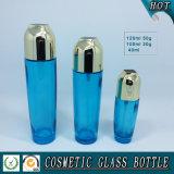 Bottiglie e vasi cosmetici di vetro blu trasparenti di lusso