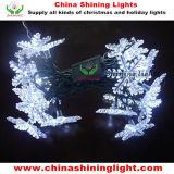 多彩な雪片のクリスマスの休日のパーティの木の装飾LEDストリングライト